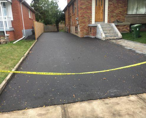 asphalt driveway company