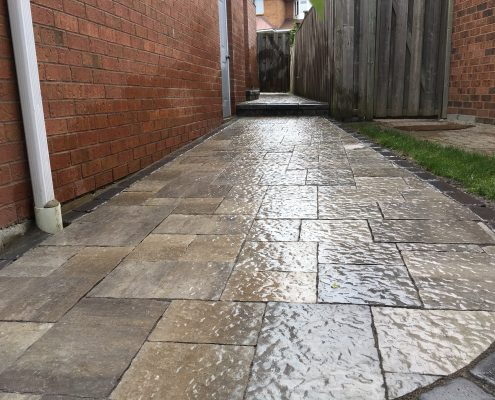 interlocking walkway contractor