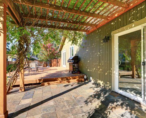 Backyard Cabana Contractor